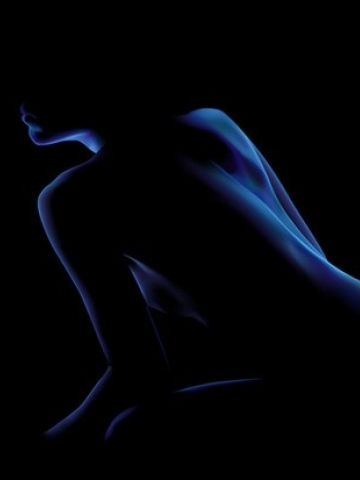 naked_woman_shadow