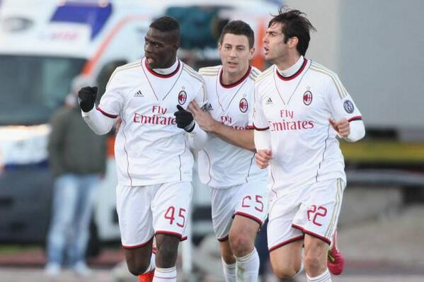 Balotelli Fined £8,200 for Aiming a Provocative Gesture at Cagliari Supporters.