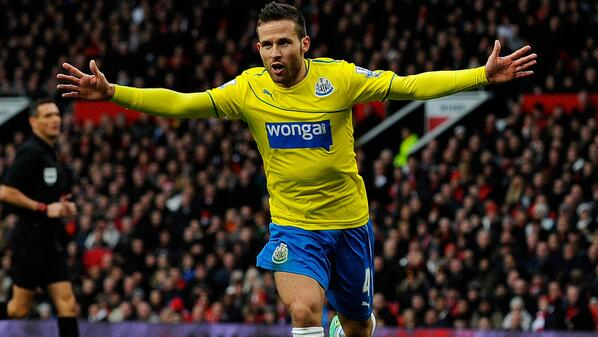 Yohan Cabaye Celebrates His Goal Against Manchester United.