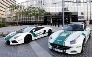 Dubai-police-cars-550x343