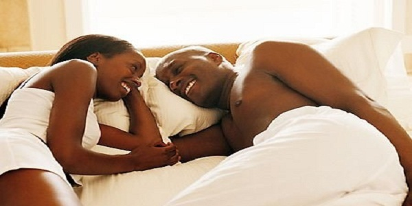 black-couple-bed2