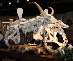 Florida-man-manufactures-Cowasaki-motorcycles-out-of-animal-bones