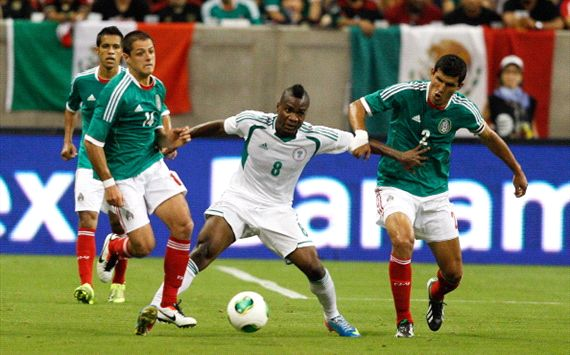 Brown Ideye Tackles Chicharito and Co During the May 31 Friendly Against the El Tricolor of Mexico.