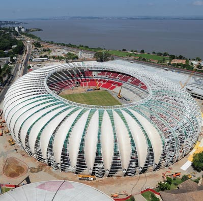 Authorities Need Funds for the Completion of the Beira Rio Stadium Exterior.