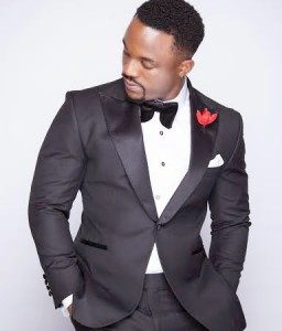 Iyanya Launches Mrs Oreo UK Competition For Fans