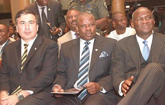 BABATUNDE FASHOLA (R) AND IBIKUNLE AMOSUN (L) AT THE 7TH LAGOS ECONOMIC SUMMIT ON TUESDAY