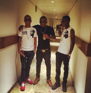 Olamide-with-his-new-YBNL-acts-Viktoh-and-Lil-Kesh