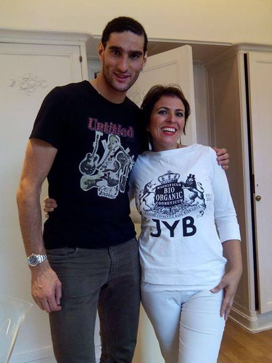 Manchester United's Marouane Fellaini Gets New Look.