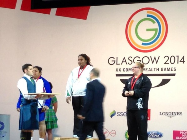 Maryam Usman Being Presented With the Gold Medal After Winning Women's 75kg Weightlifting. Image: Twitter via @adamrangpr.