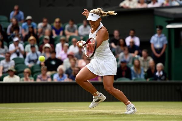 Angelique Kerber Stuns Maria Sharapova to Reach Wimbledon Last-8.