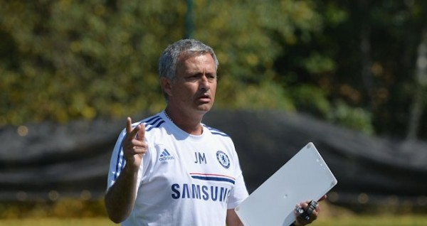 Jose Mourtinho Says It Was Easy Asking Cesc Fabregas to Join Chelsea.