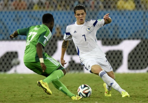 Everton Sign Bosnian Midfielder Besic