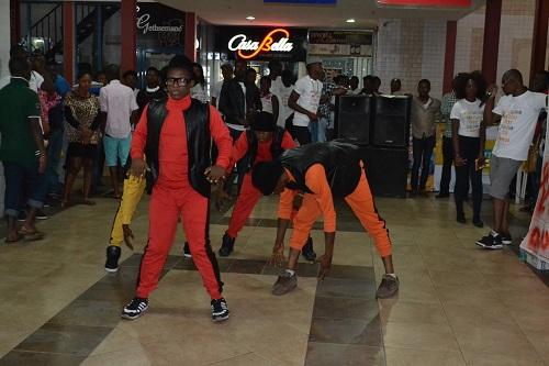 Suru Lere Flash Mob