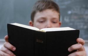 joshua-patterson-bible-in-school-620x400