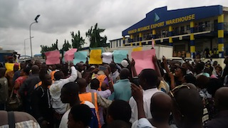 lagos_airport_protest_over_fees2