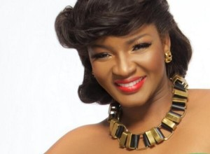 See 5 Questions Omotola Tactically Evaded During A Chat Session With Her Fans