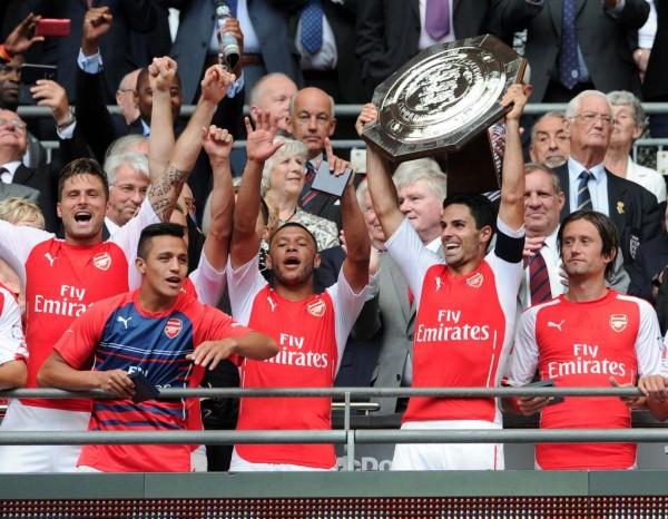Arsenal Celebrates  Winning the 2014/15 Community Shield. Image: Twitter @Arsenal.