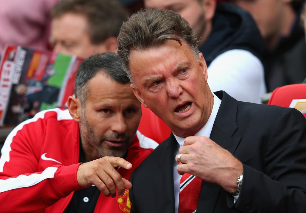 Louis van Gaal and Ryan Giggs Starts off the Premier League Season With a 2-1 Loss to Swansea.