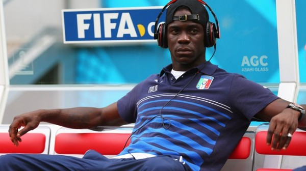 Mario Balotelli Set to Join Liverpool from AC Milan.