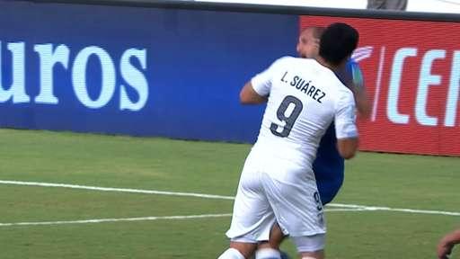Fifa Has Handed Luis Suarez a Four-Month Ban for Biting Italian Defender Giorgio Chiellini. Image: Getty Image.