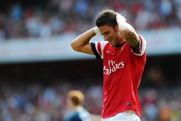 Giroud is set to miss the game with an Hair Line fracture