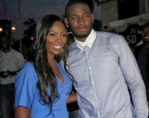 Tiwa Savage and Tee Billz Have A Romantic Late Night Walk In New York Together