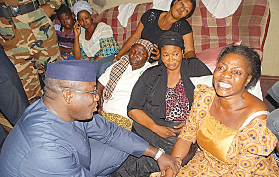 GOV. KAYODE FAYEMI PAYS CONDOLENCE VISIT TO ADERIYE'S WIDOW