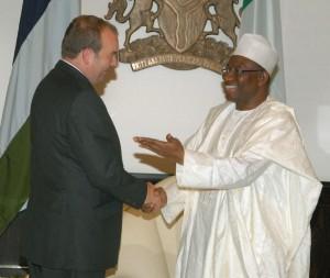 Duddridge with President Goodluck Jonathan at the Presidential Villa