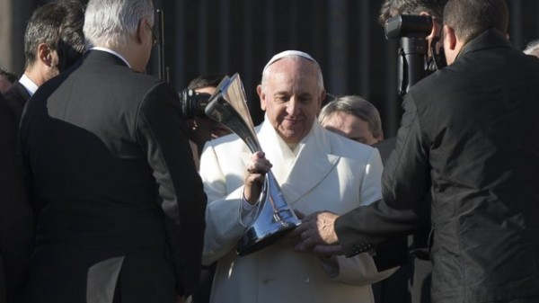 Pope Francis Been Handed a Replica of the Argentinean Championship Trophy in December. Image: AFP.
