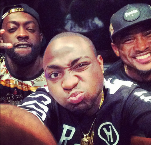 Davido and Sesan Ogunro Make Peace, Confirms He Will Shoot Two New Videos