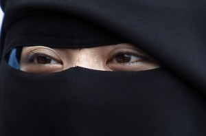 Face veil rule reversed by Australia parliament