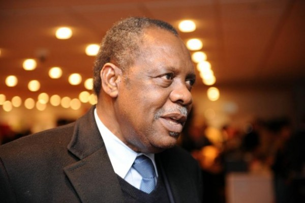 Issa Hayatou  Says The New Hosts fo Afcon 2015 Will Be Known in 2-3 Days.