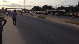 Dead Bodies Spend Days Festering At Roadside In Lagos.