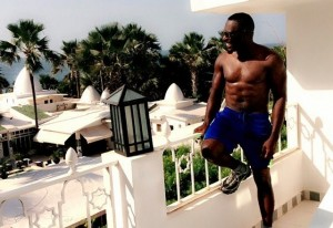 Jim Iyke shows off his hard abs after jogging
