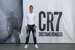 "Cristiano Ronaldo: ""I have no relationship with Lionel Messi"""