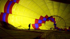 Tourists End Up Behind Bars After Hot Air Balloon Forced to Land in Indian Prison