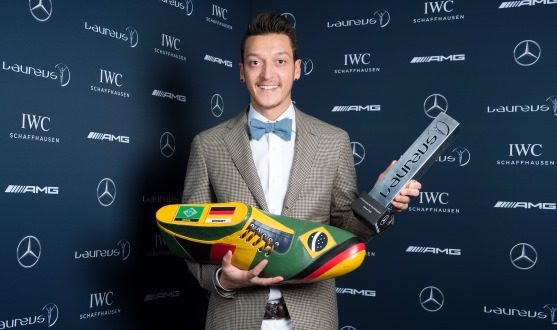 Mesut Ozil With the Laureus Sport for Good Award After Partnering With an NGO 'Big Shoe' to Foot the Bill for Surgeries for 23 Brazilian Kids. Image: Laureus Sport.