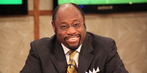 Myles Munroe Ministry Continue After Fatal Plane Crash