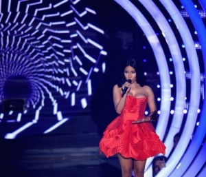 Nicki Minaj stuns at 2014 MTV EMA wearing 8 different dresses